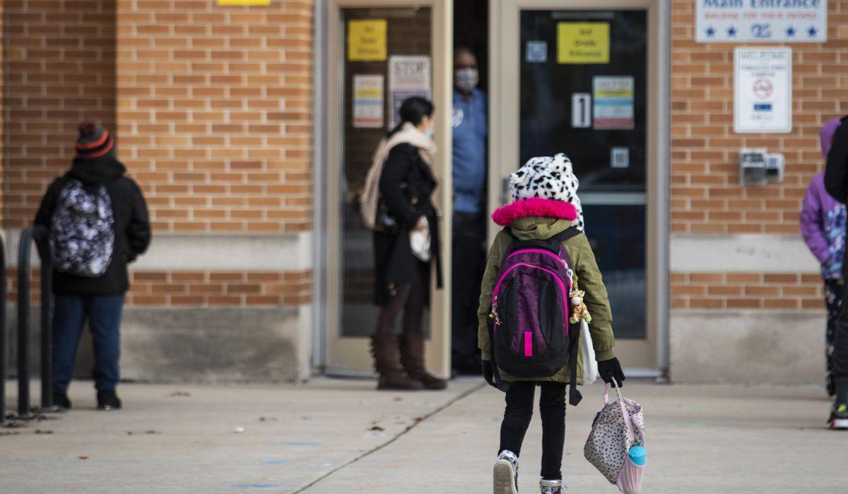 Chicago schools open doors to thousands more students 1
