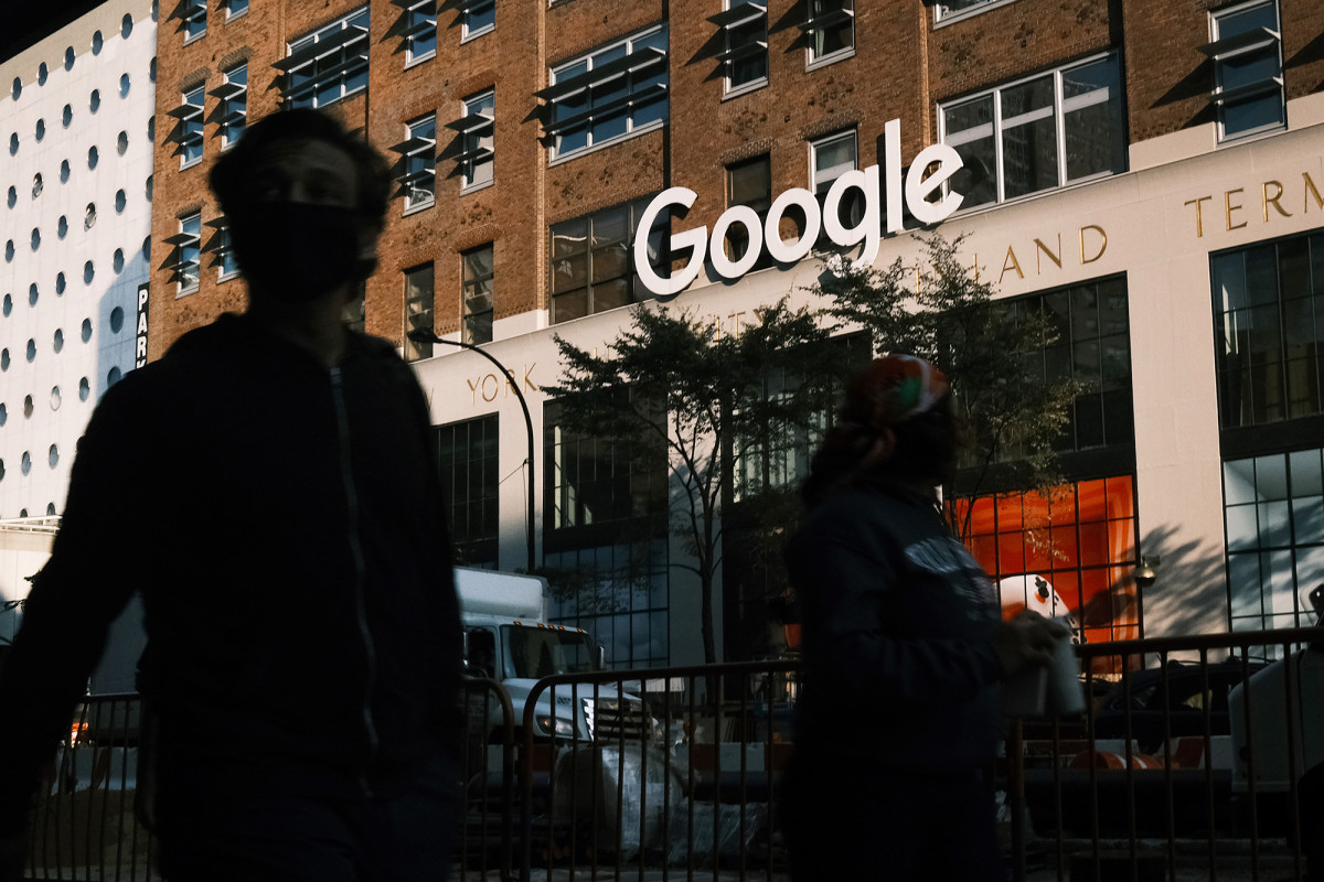 Google likely to let some staff return to offices this month 1