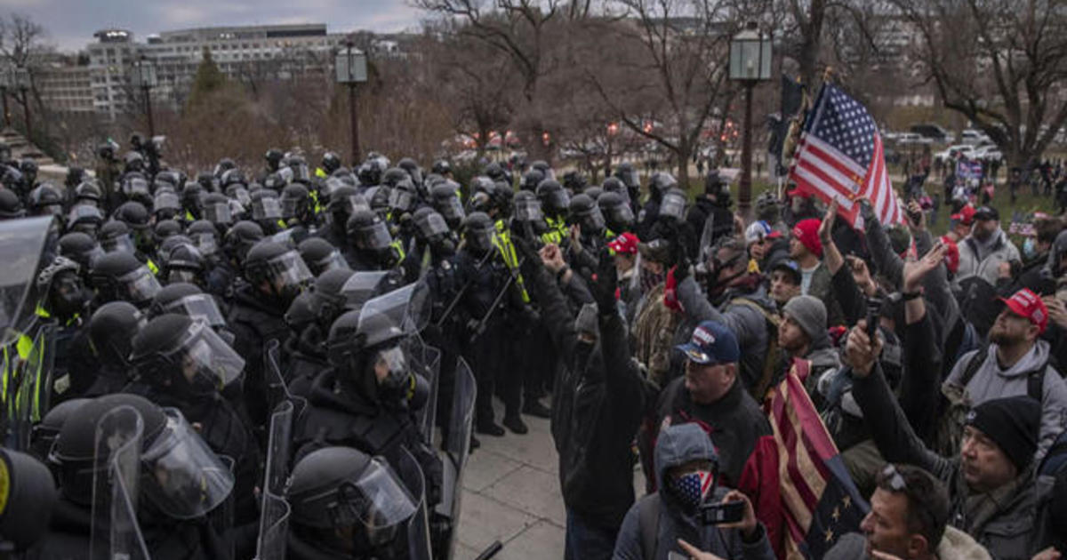 Inspector general's report slams U.S. Capitol Police failures ahead of January 6 riot 1