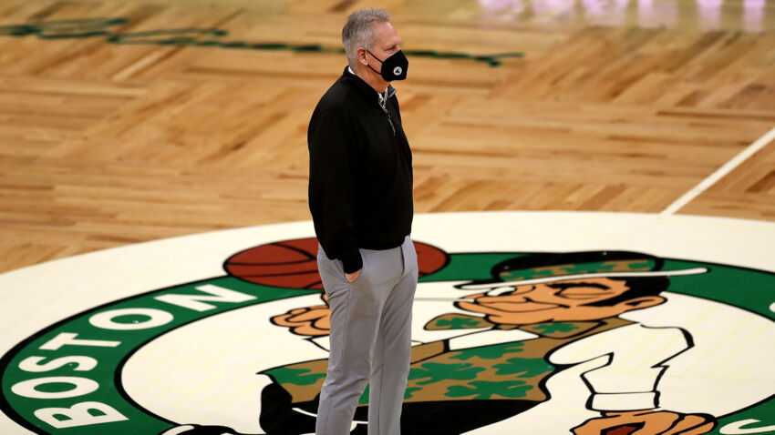 Danny Ainge says 'at least a couple' Celtics players won't want the COVID-19 vaccine 1