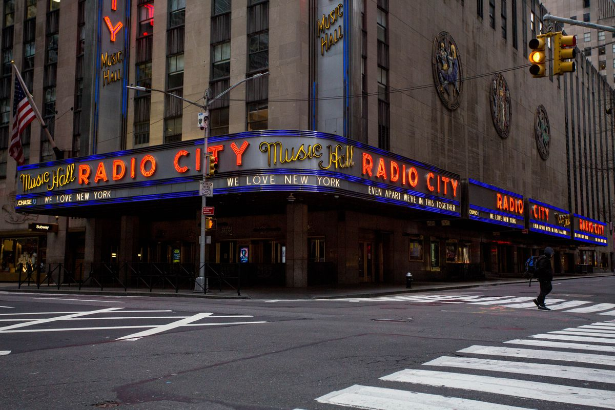 Cuomo allows music, arts venues to reopen with limited capacity despite elevated COVID levels 1
