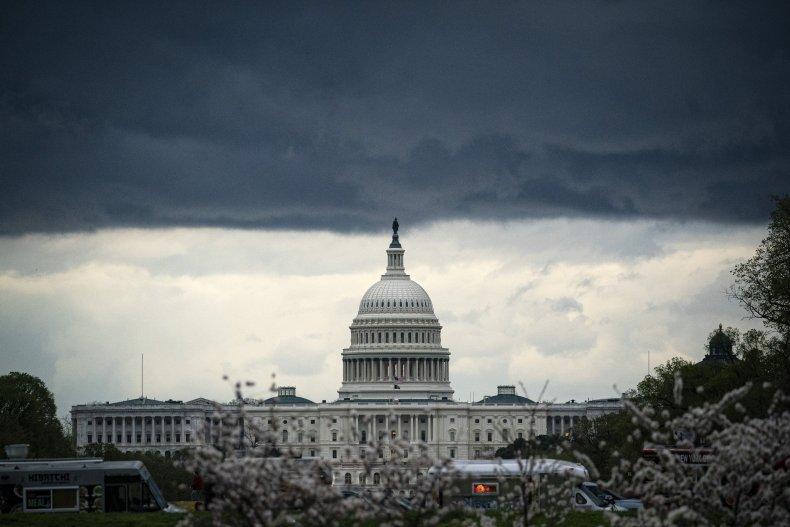 U.S. Capitol on Lockdown, Alert Issued to 'Seek Cover' 1