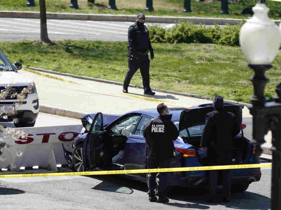 2 U.S. Capitol Police Struck And Injured At Capitol Checkpoint, Complex On Lockdown 1