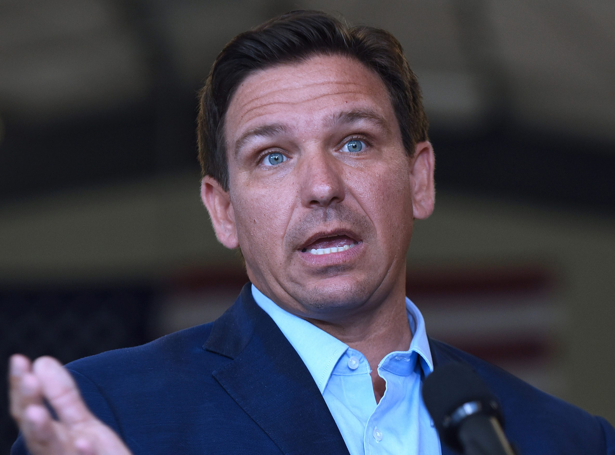 Florida governor signs executive order that bans mandated use of Covid-19 vaccine passports 1