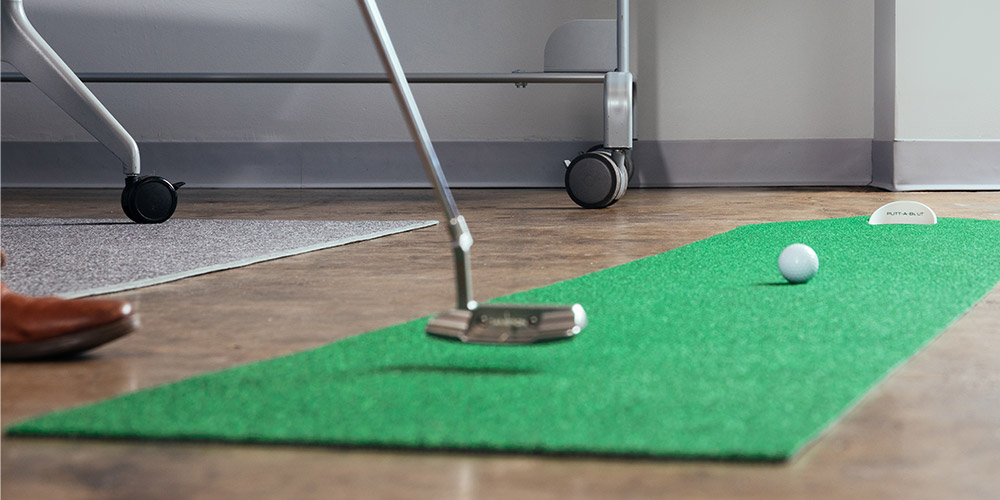 Practice your putting from home or the office with these fun golf deals 1