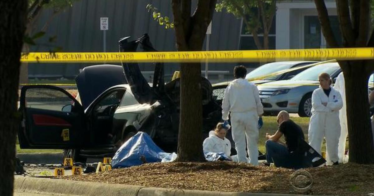Islamic extremists open fire outside Muhammad cartoon contest 1