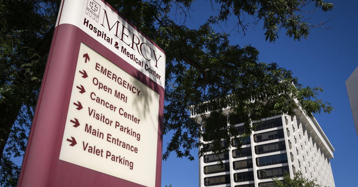 Mercy Hospital finalizes sale to keep doors open in Bronzeville 1
