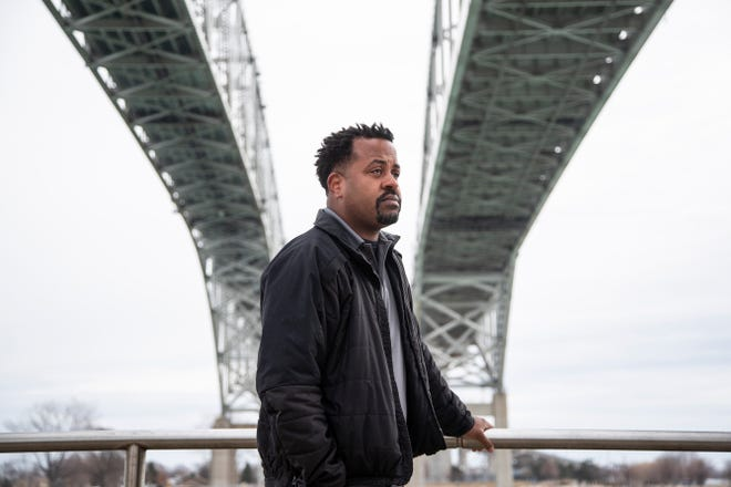 Customs and Border Protection officer says racism at Michigan-Canada border happens daily: 'It needs to be exposed' 1