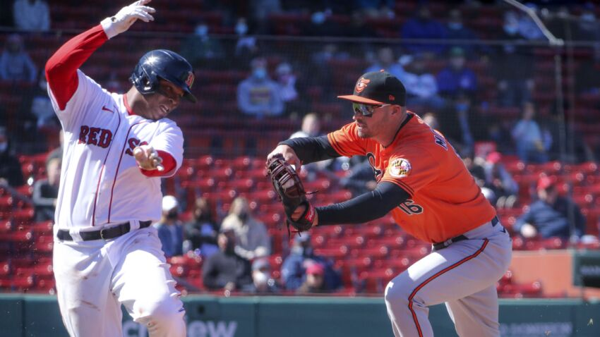 Red Sox fall, 4-2, to Orioles, suffer 2nd straight loss to open season 1