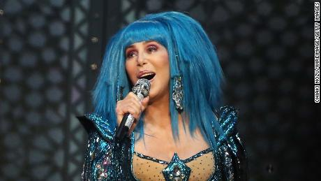 Cher apologizes for George Floyd tweet 1