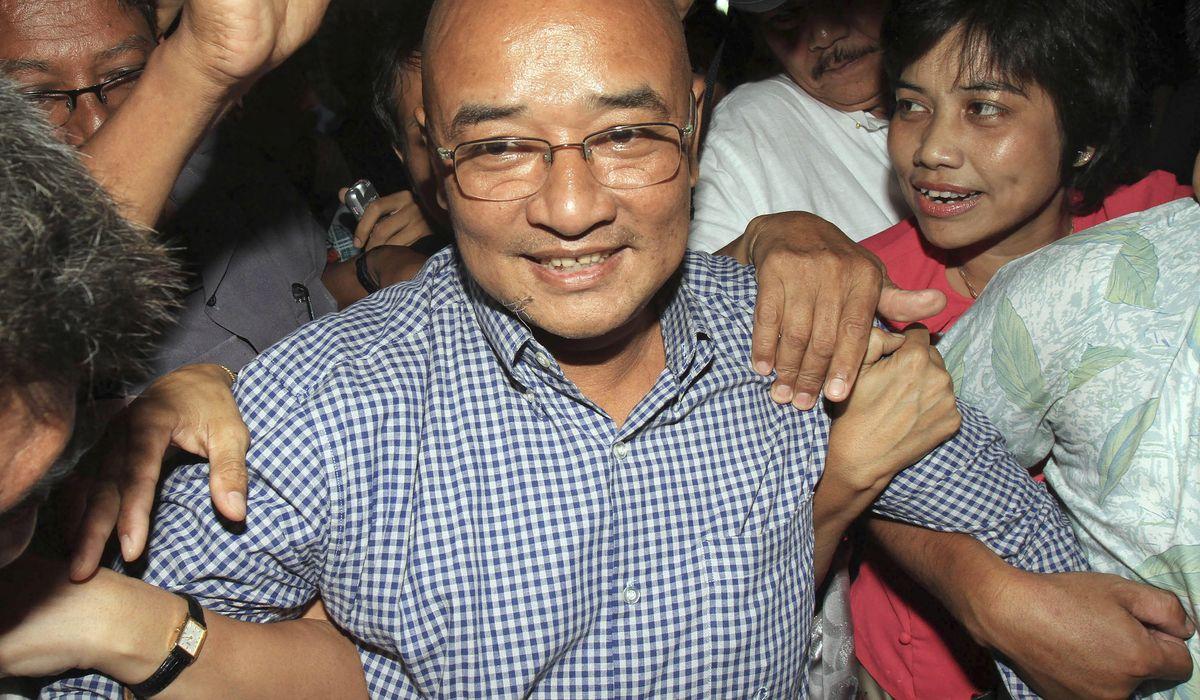Myanmar forces arrest comedian, break up doctors' protest 1