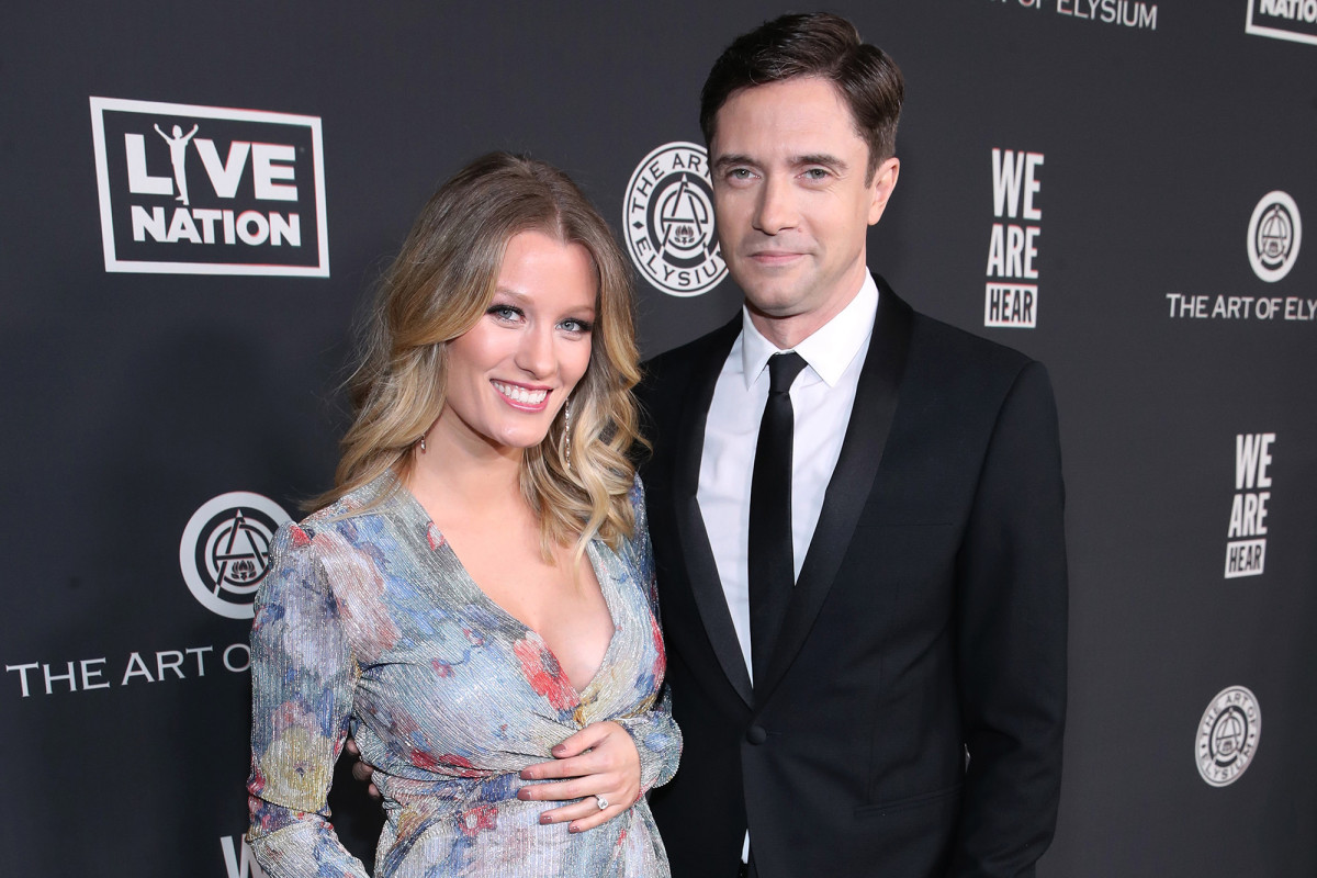 Topher Grace and wife Ashley Hinshaw welcomed second child in quarantine 1