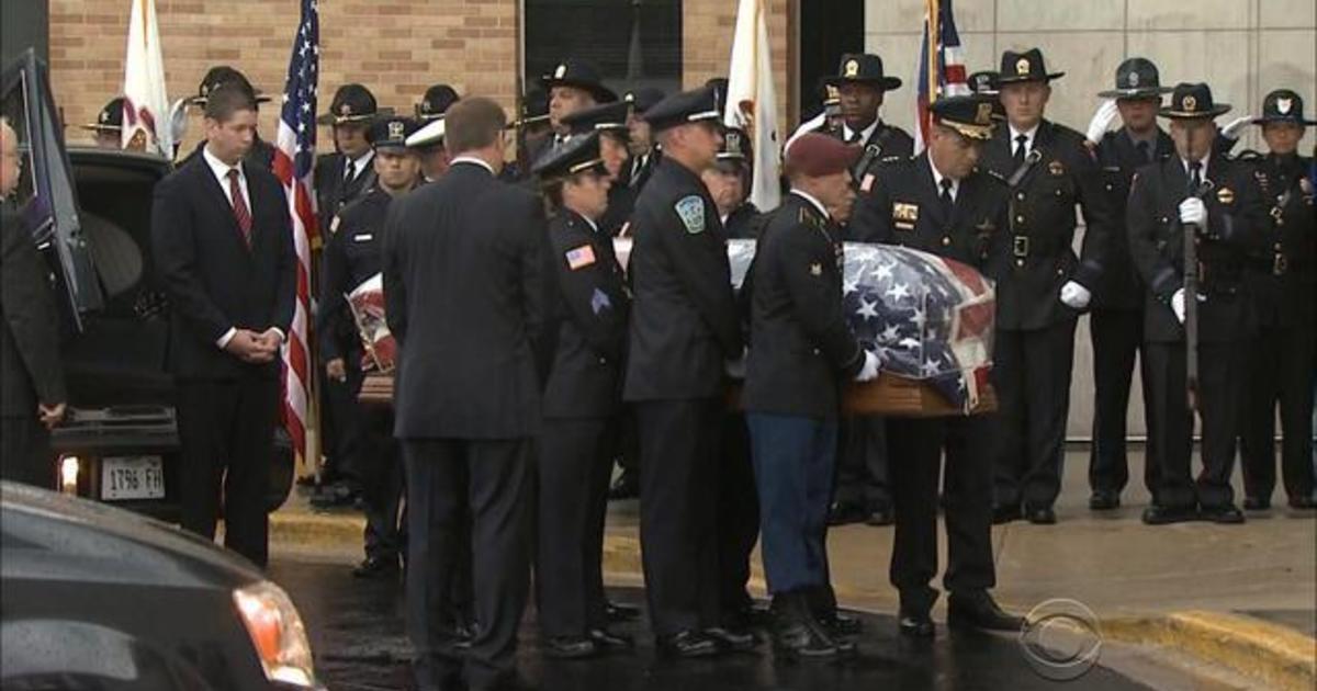 Funeral held for slain Illinois officer 1