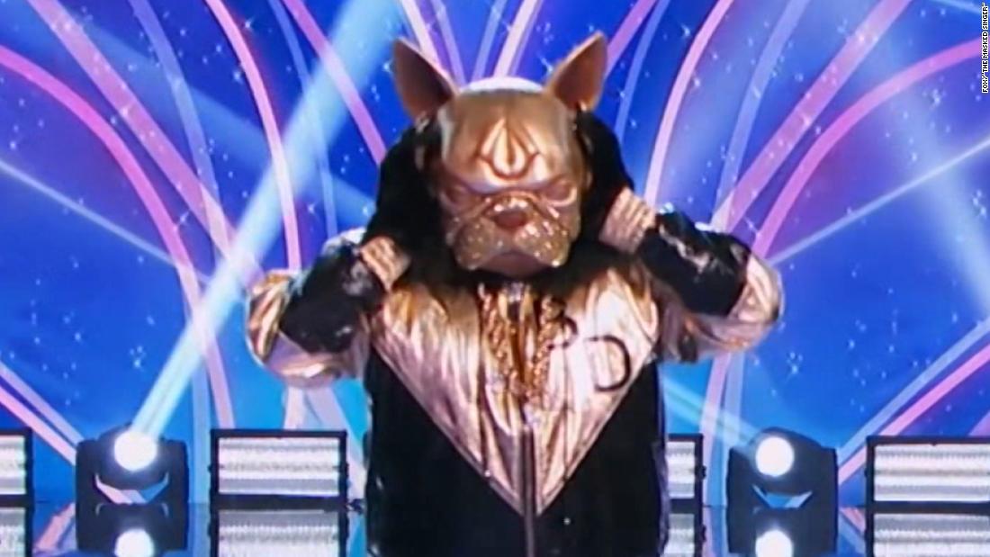 Nick Cannon makes big splash in 'Masked Singer' return 1