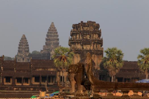 Coronavirus outbreak shuts Angkor site in Cambodia 1