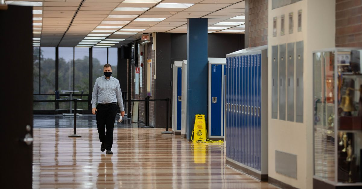 CPS high school reopening agreement remains elusive 1