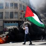 Pro-Palestinian rioters clash with police in Jerusalem's Old City 6