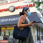 NYC supermarket enters 'hornets nest' in dropping mask mandate 7
