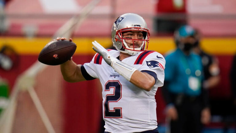 What the Brian Hoyer signing means for the Patriots quarterback room 1