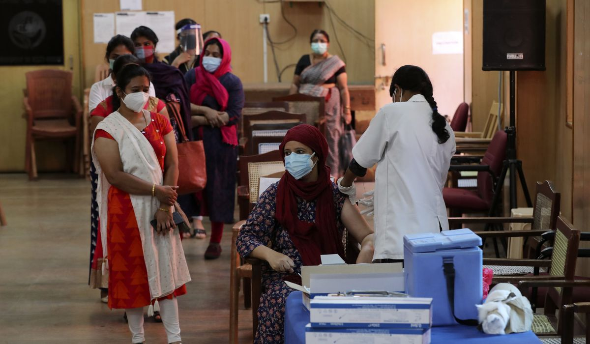 India hits grim record with 4,529 COVID-19 deaths in single day 1