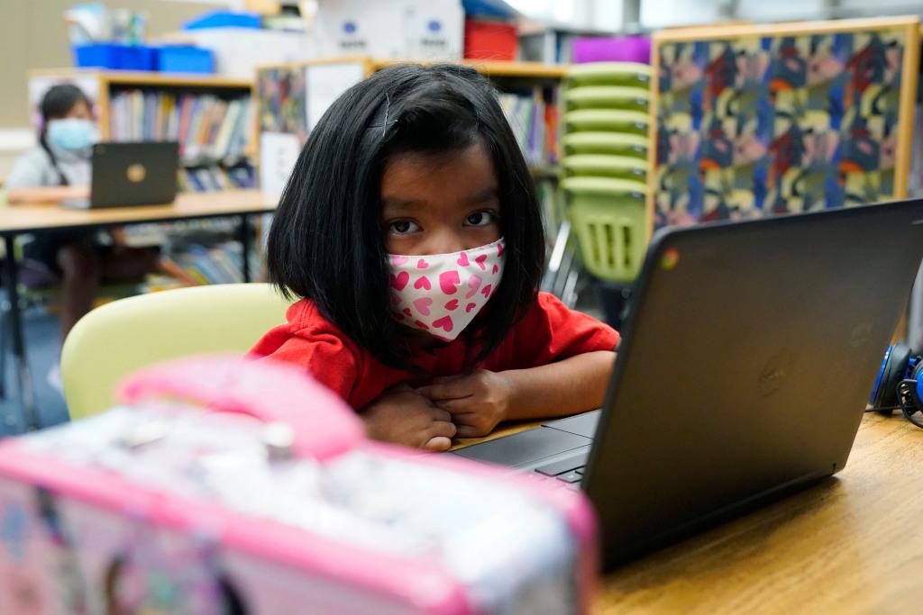 Denver Public Schools' enrollment predicted to drop 6% by 2025 1
