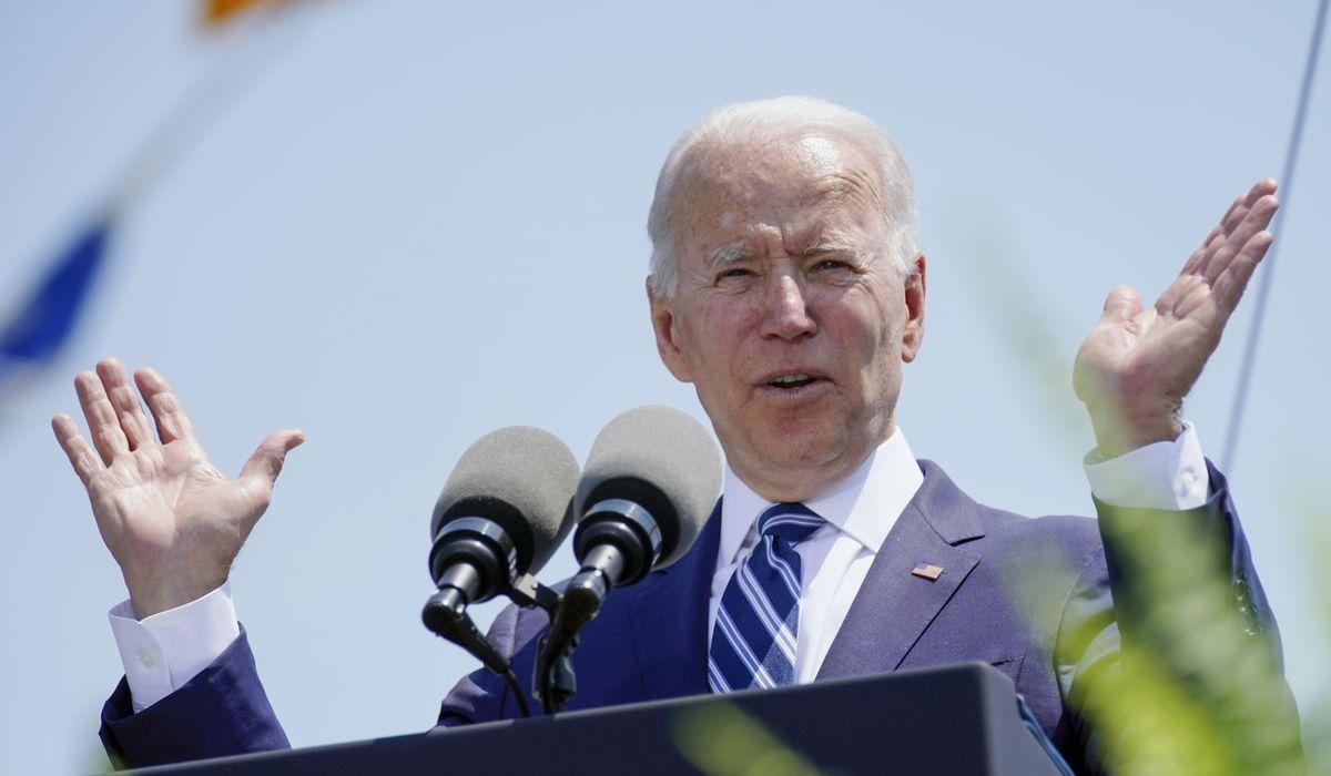 Joe Biden snaps at Coast Guard graduates: 'You're a really dull class' 1