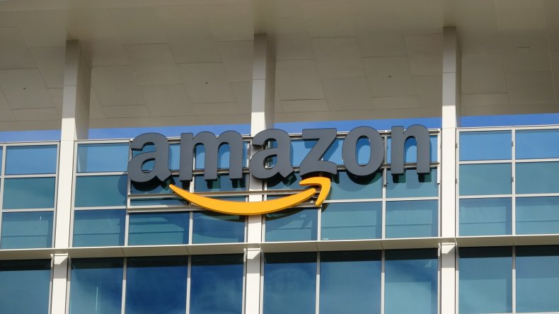 Amazon Becomes Largest Retailer in U.S. to End Mandatory Masks 1