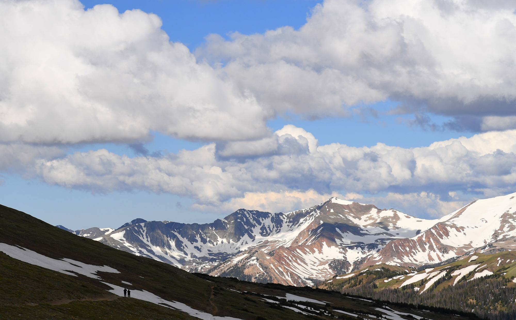 Trail Ridge Road partially opens in Rocky Mountain National Park 1
