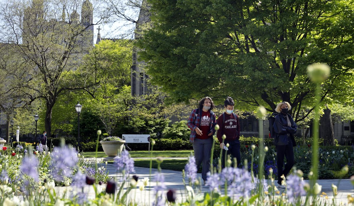 As US reopens, campuses tighten restrictions for virus 1