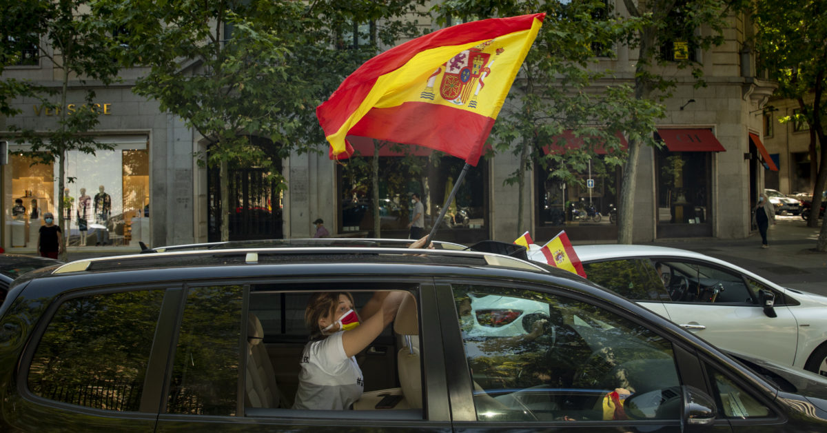 Spain rings in end of coronavirus limits with boisterous street parties 1