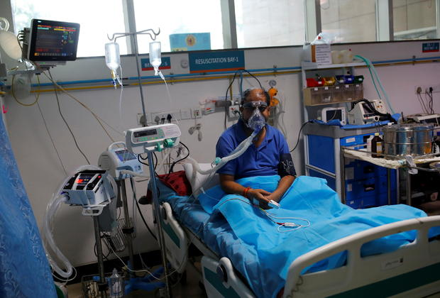 Doctor sends ventilators to India to help with COVID-19 surge 1