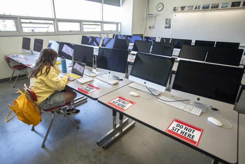 Only 7% of LAUSD high school students return to reopened campuses, far less than expected 1