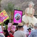 'Hyper-sexualized' Marilyn Monroe statue sparks protest 3