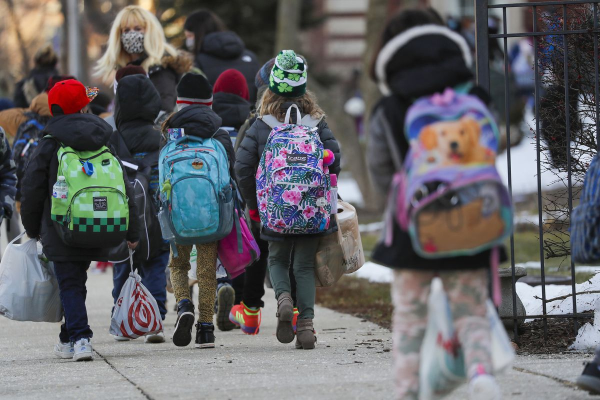 Illinois schools lagged behind most other states in access to in-person learning during pandemic, report says 1