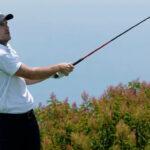 Russell Henley leads fog-delayed U.S. Open 9
