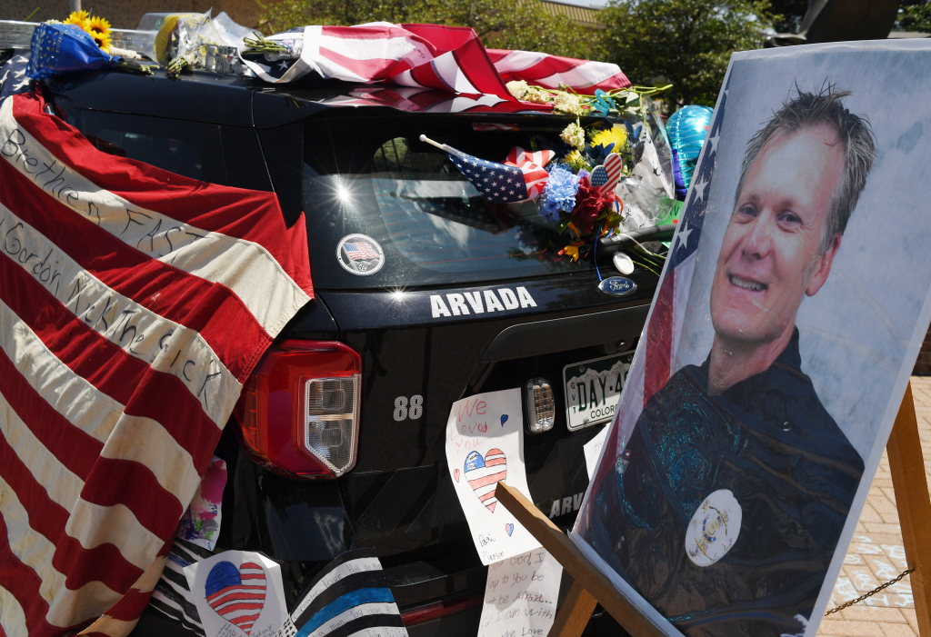Funeral procession for Officer Gordon Beesley will close roads Tuesday morning 1