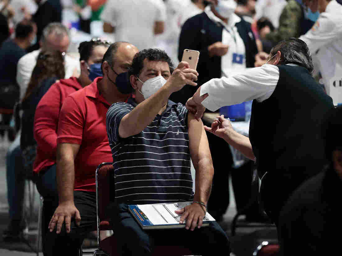 U.S. Sending 1 Million Coronavirus Vaccines To Mexico Border Cities, Resort Spots 1