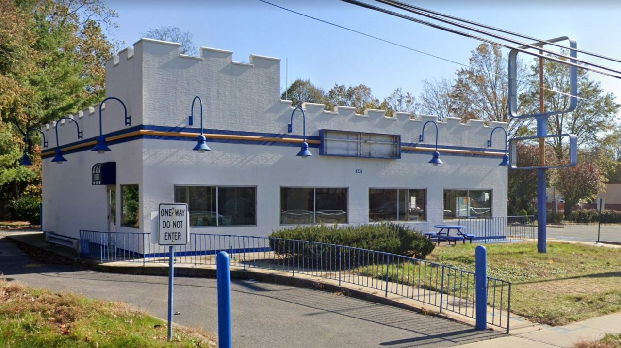 Taco Bell to open on site of shuttered White Castle in Melville 1