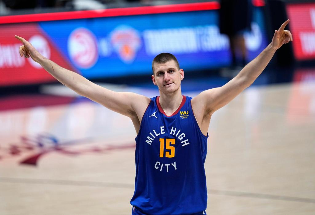 The NBA awaits a new champion, and the path is wide open 1