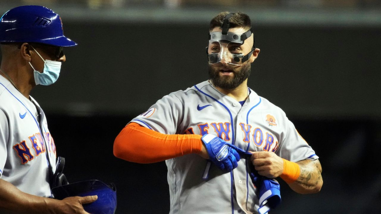 Mets' Kevin Pillar on wearing mask: Like an 'extra layer of skin on' 1