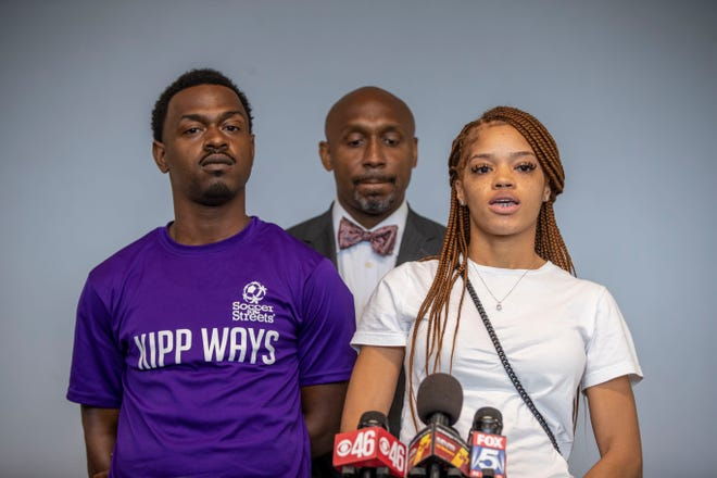 Parents of 8-year-old girl killed during Rayshard Brooks protests sue Atlanta leaders, Wendy's 1
