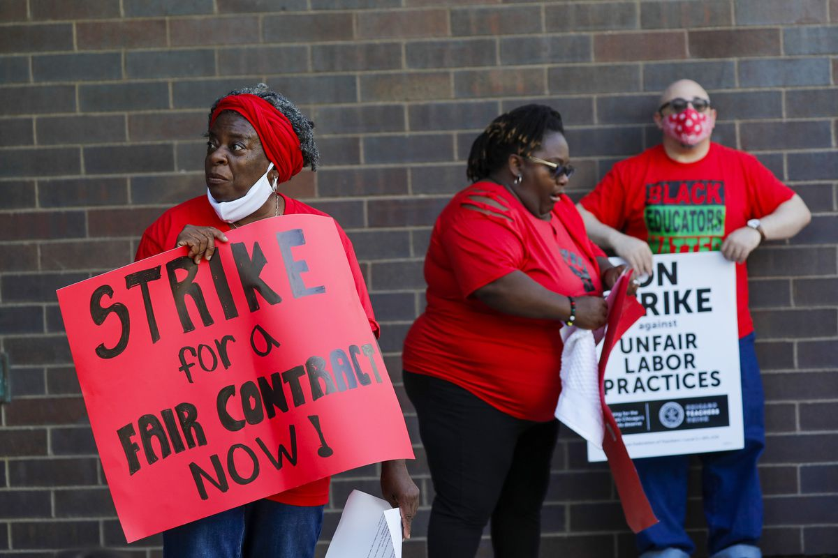 Despite teachers strike, Chicago's Urban Prep keeps doors open for students' final exams; CTU blasts charter school management and CEO pay 1