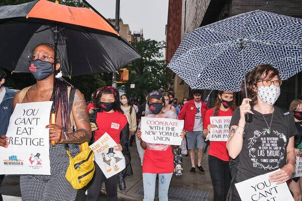 New Yorker Employees Stage Protest Outside Anna Wintour's Townhouse 1