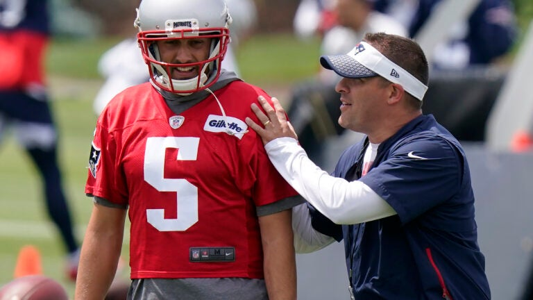 Brian Hoyer shines, veterans return, Mac Jones learns at Patriots OTAs 1