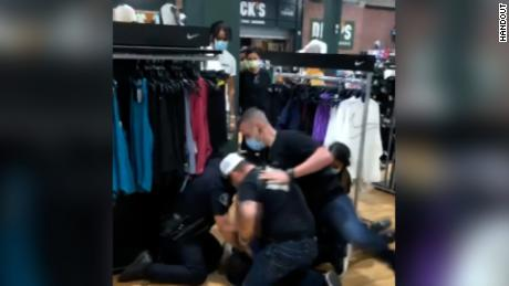 4 police officers in California are on leave after video shows a suspect being punched and kicked during an arrest 1