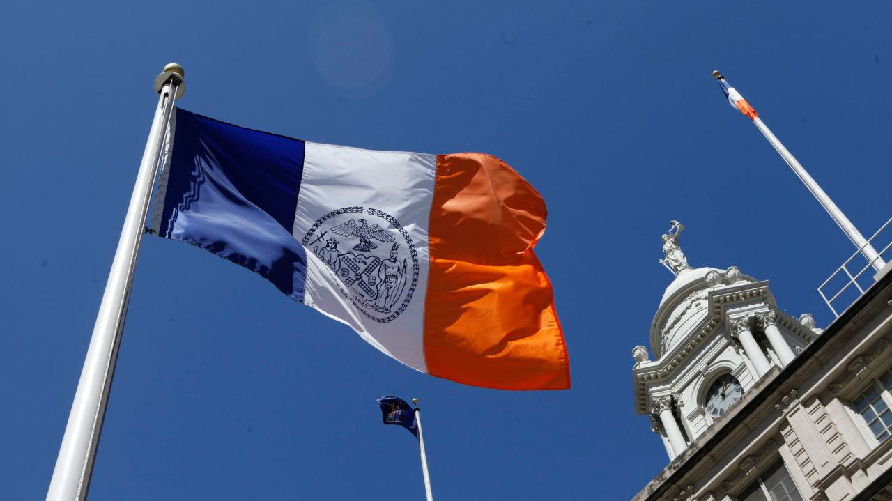 Masking, social distancing rules endingfor vaccinated NYC municipal workers 1