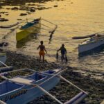 As Chinese Ships Swarm, Filipino Fishermen 'Protest and Adapt' 18
