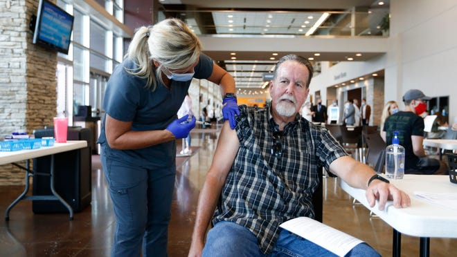 Biden to announce vaccine mandate for federal employees; Walt Disney World tells visitors to mask up starting Friday: COVID-19 updates 1