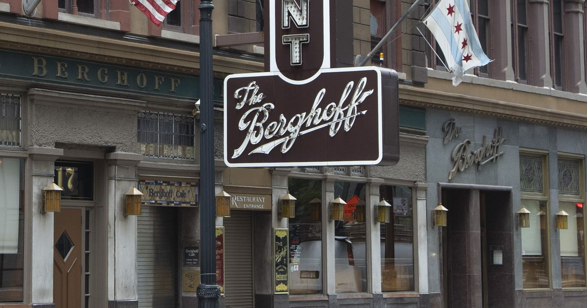The Berghoff restaurant reopens Monday after a year light on happy-hour and lunch patrons 1
