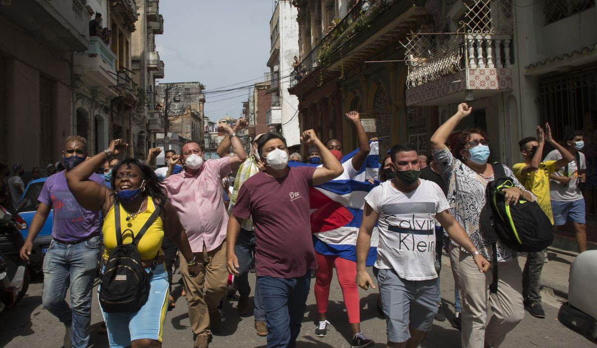 Cuba protesters rail against Communist dictatorship 1